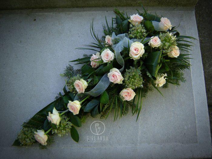 Floret z jasnoróżowych róż 1