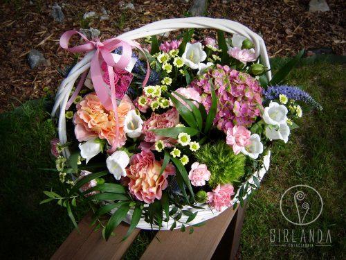 Kosz kwiatów mieszanych 1