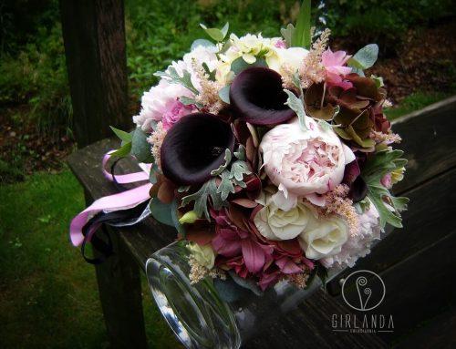 Kwiaty ślubne jak ogrody: po francusku lub po angielsku