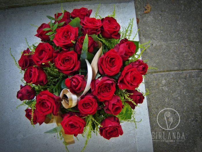 Bukiet 25 czerwonych róż w ofercie kwiaciarni online Białystok