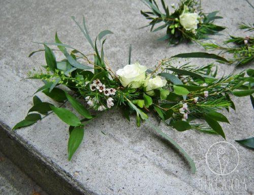 Dekoracyjne kwiaty na tort