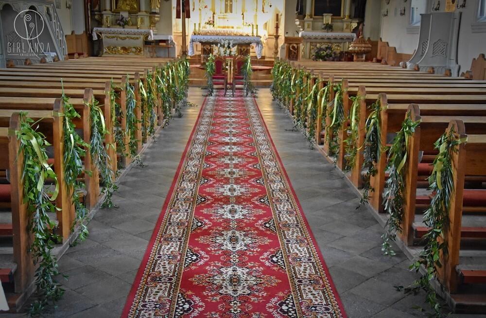 Dekoracje kościoła środek kwiaty Białystok