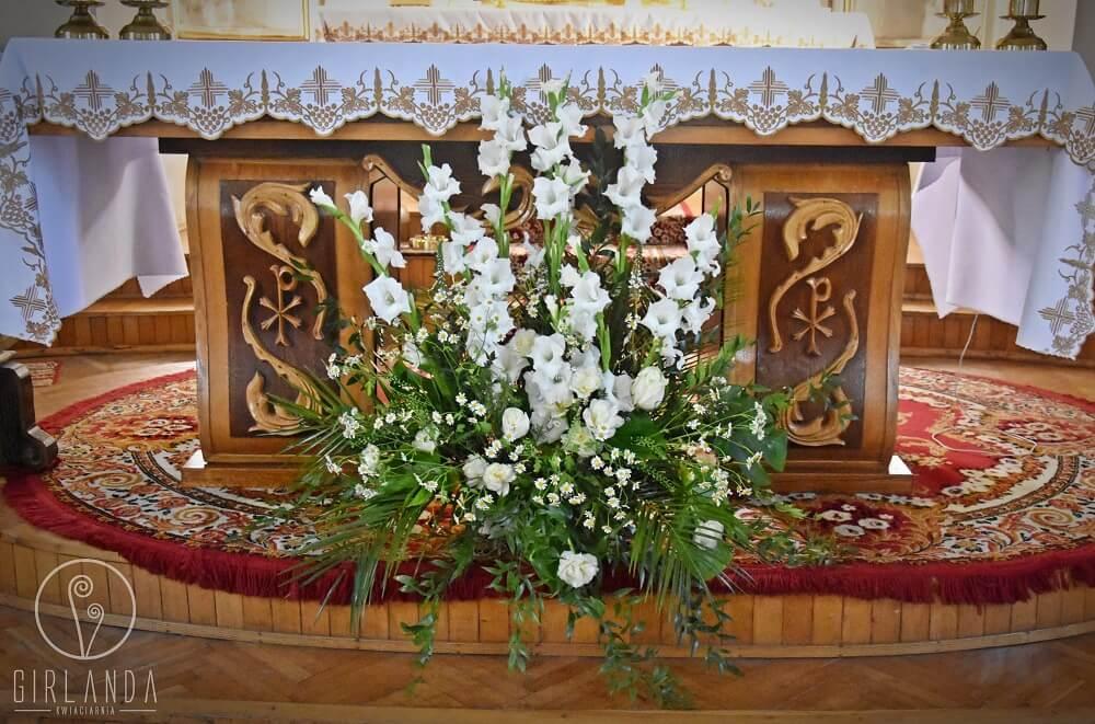 Kwiatowe dekoracje kościelne Białystok