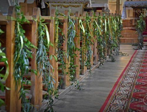 Dekoracja kościoła podczas ślubu