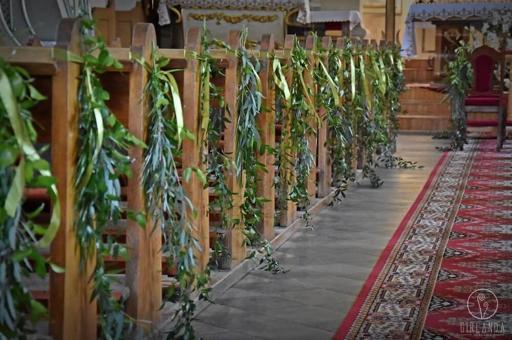 Dekoracja Kościoła Podczas ślubu Kwiaciarnia Girlanda