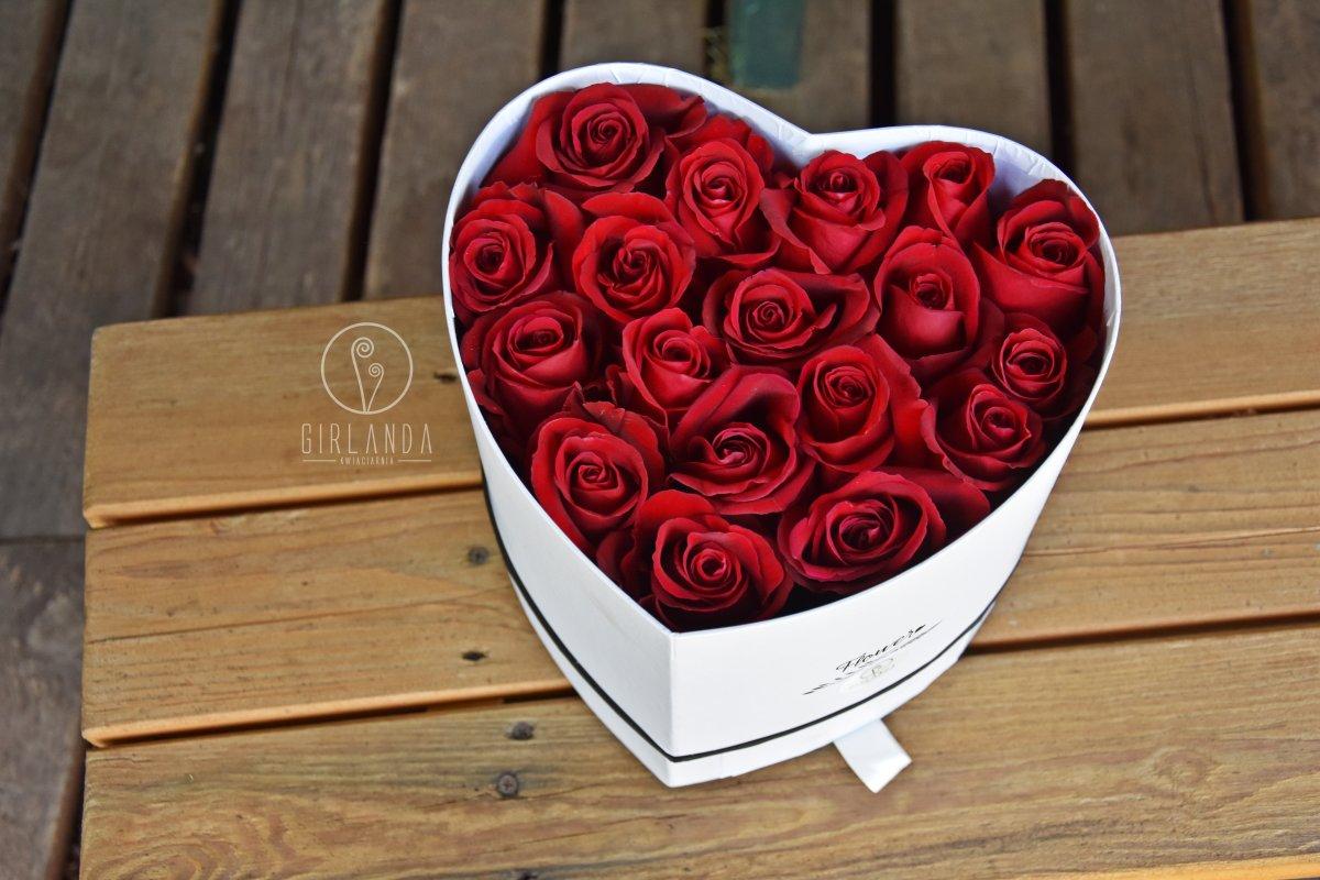 Flowerbox w kształcie serca na zaręczyny